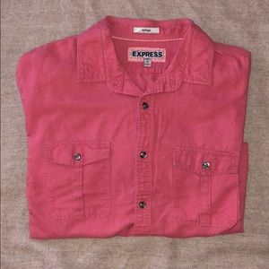 NWOT BUTTON DOWN IN L